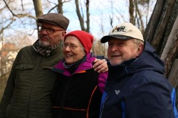Kirjoittajat Juhani Vierimaa, Marjatta Kemppainen ja Kari Arola. Kuva Virpi Peltola.