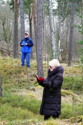 Kirjoittajat Kari Arola ja Aira Saloniemi. Kuva Virpi Peltola.
